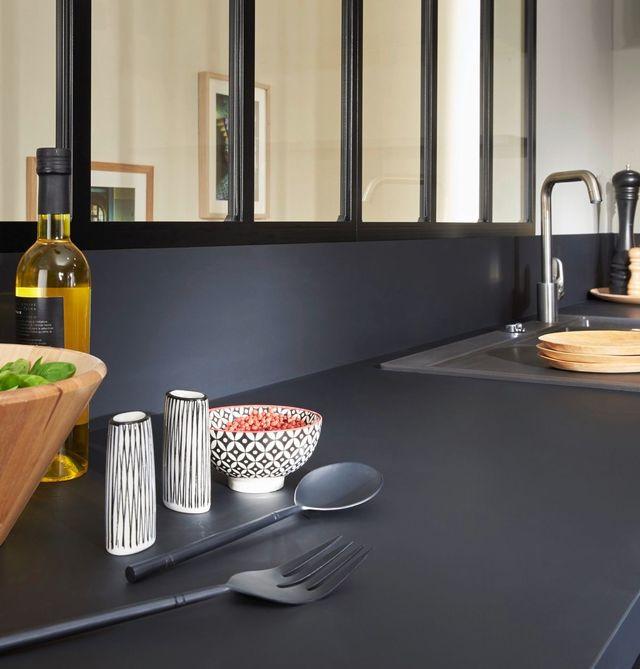 plan de travail cuisine noir