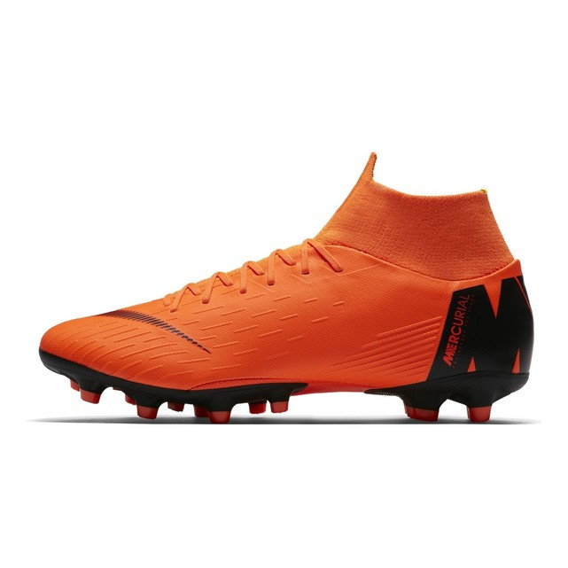 chaussure montant foot